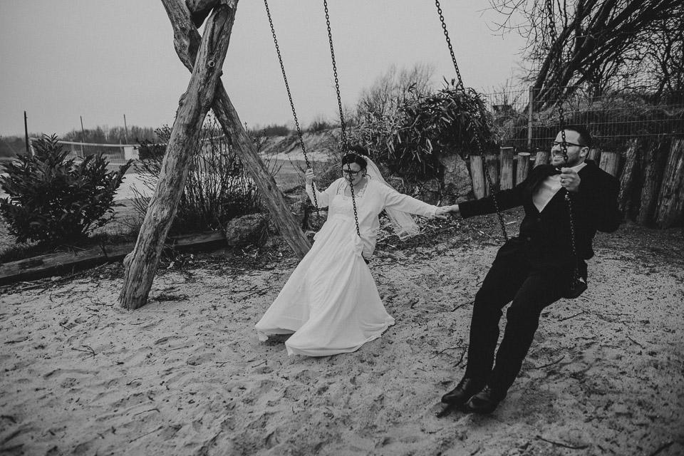 Trauung von Sarah und Daniel im Wattenmeerhaus in Wilhelmshaven 56