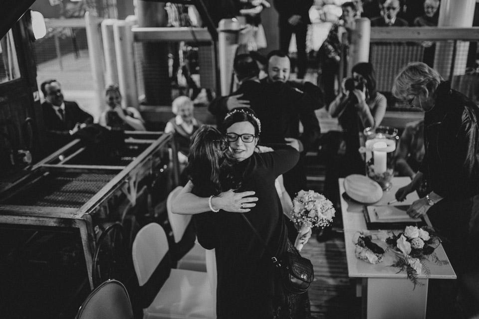 Trauung von Sarah und Daniel im Wattenmeerhaus in Wilhelmshaven 19