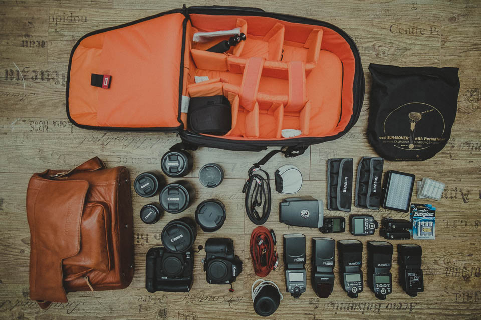 Fotoequipment eines Hochzeitsfotografen